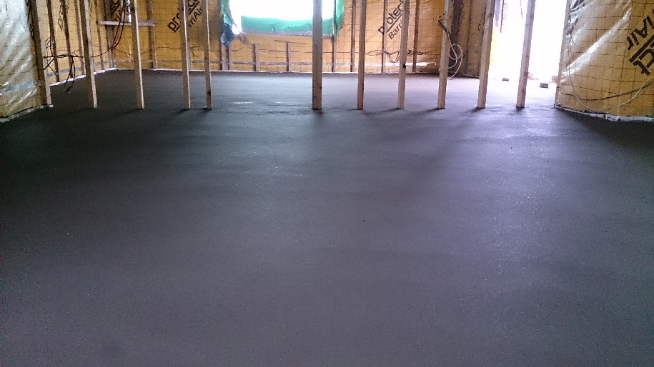 Traditional TRUscreed (30N + PP fibre)  topping with a powerfloat finish